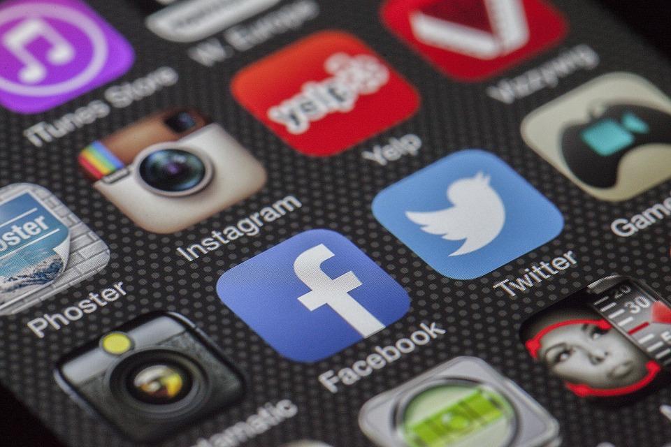 istraživanje tržišta, online marketing, prodaja proizvoda putem interneta, kako pokrenuti prodaju, kako prodati proizvod, mrežni marketing, marketing na društvenim mrežama, marketing na facebooku, marketing na twitteru, marketing na instagramu, marketing na linkedinu, marketing na internetu, najbolje društvene mreže za marketing, najbolje društvene mreže za online prodaju,